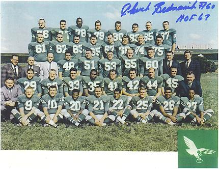 Chuck Bednarik signed 1961 Philadelphia Eagles 8x10 team photo NFL Champions