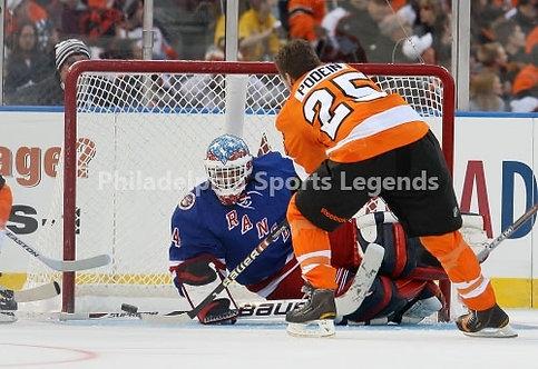 Shjon Podein Philadelphia Flyers 2011 Alumni Game Goal 8x10 photo