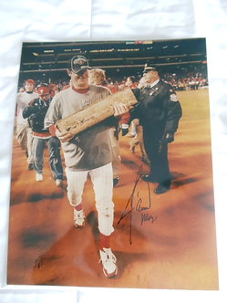 Jamie Moyer autographed 11x14 Phillies World Series Tongue photo