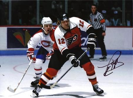 Tim Kerr Philadelphia Flyers autographed 8x10 photo