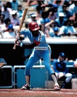 DAVE CASH PHILLIES COLOR ACTION PHOTO 1976