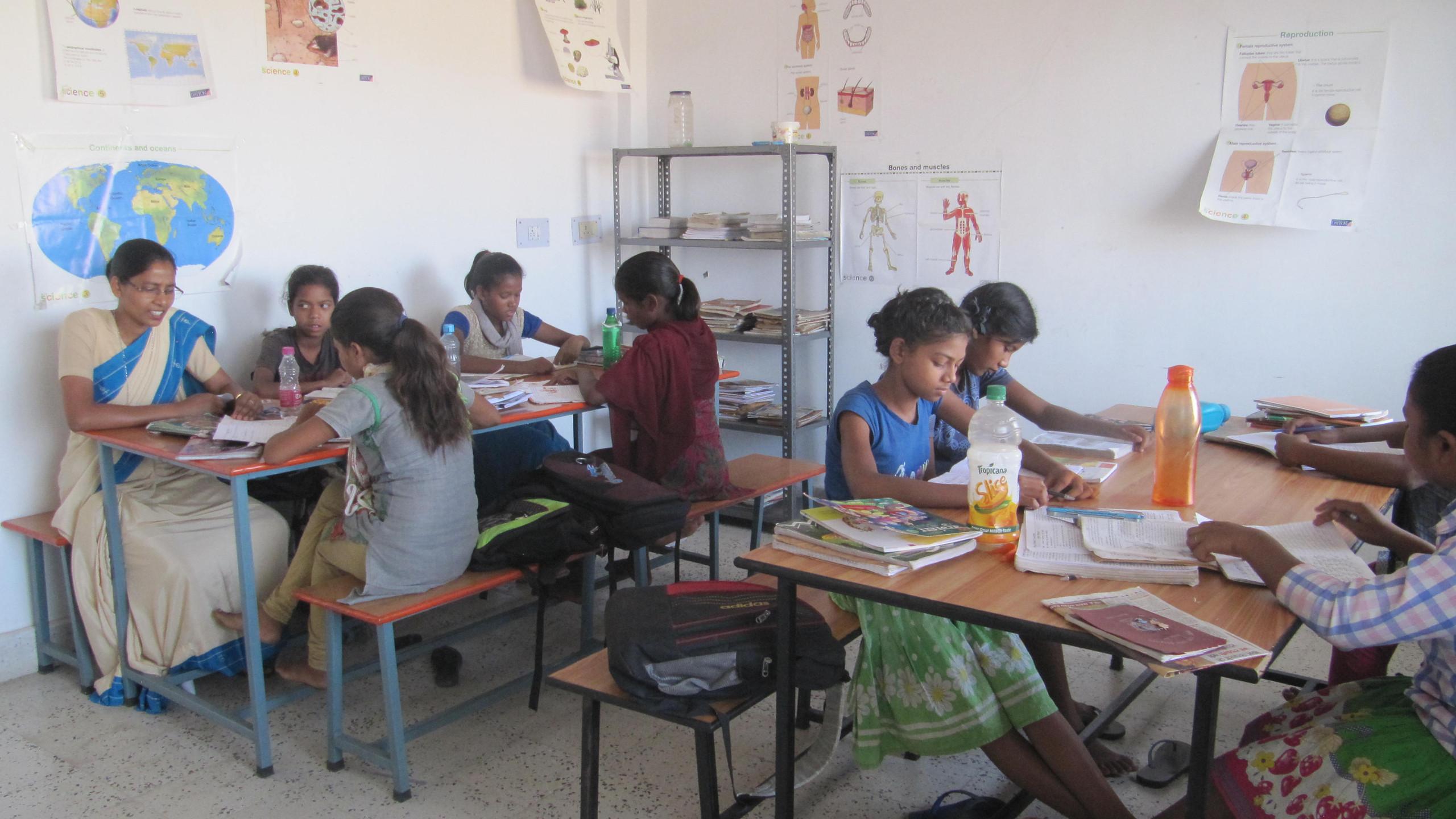 Escola Adela Índia 2