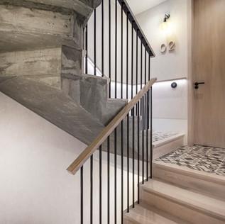 HackneyRd_Stairs05.jpg
