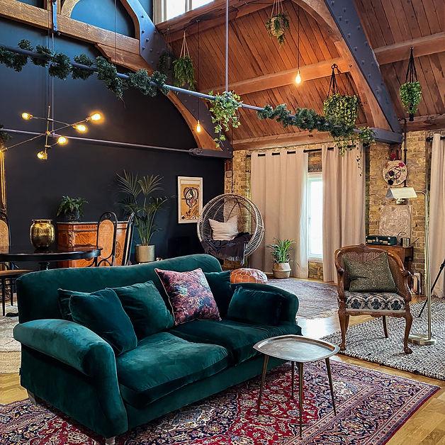 Living Room 05.jpg