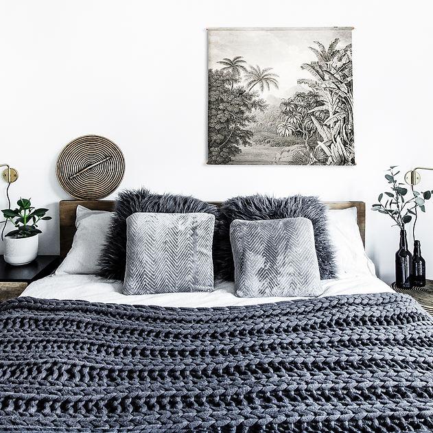 master bed 02a.jpg