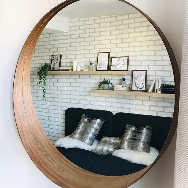 Airbnb_z_mirrors (2).JPG