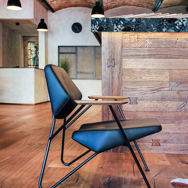 U Tomana_seating02.jpg