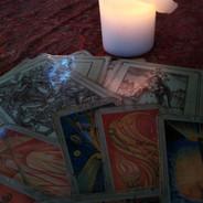 TAROT, automatická kresba, runy, andělské karty ...