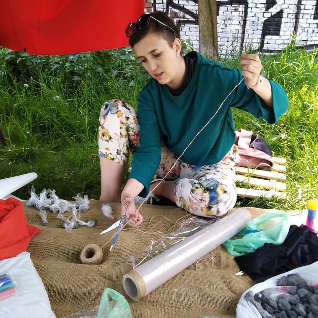 ART papírový happening DRALA 2019