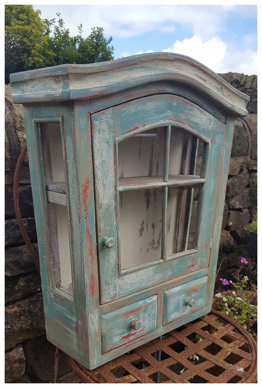 glazed-cabinet-distressed