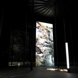 지층의 빛 Light on Strata