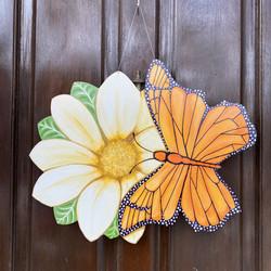 Daisy & Monarch Butterfly