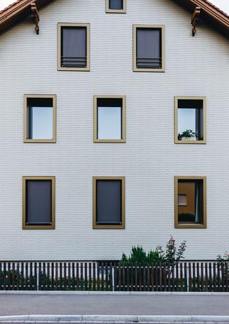 Haus aussen 2 (1 von 1).jpg