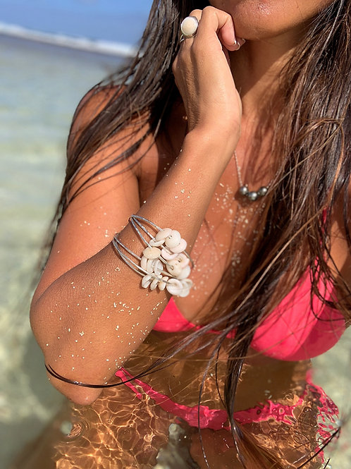 Puka Shell Beach Bangle