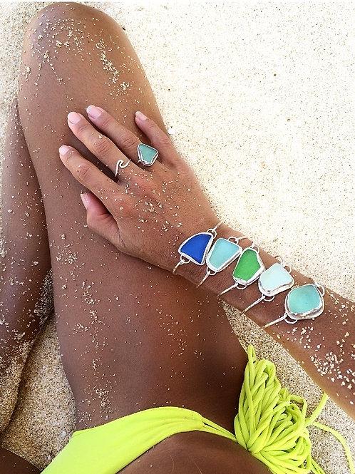 Sea Glass Bezel Bracelet (Clasp)