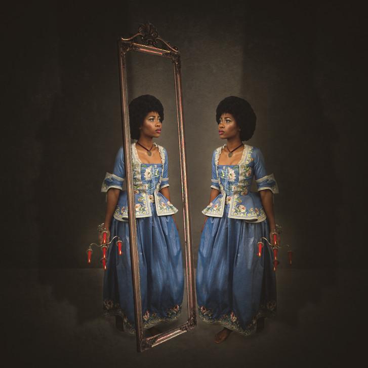 Ngohile - mirror-3.jpg