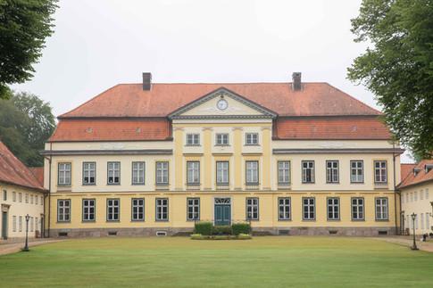 Hochzeit-Gut-Emkendorf-002.jpg