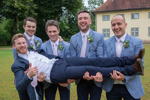 Hochzeit-Gut-Emkendorf-006.jpg