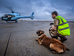 Savas & Luna enjoy a day's helicopter training with Saxonair