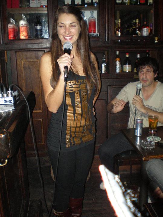 Valeria de Genaro - Mayo de 2010