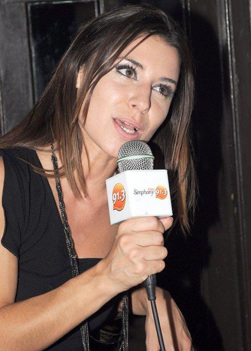 Mariana Brey - Febrero de 2010