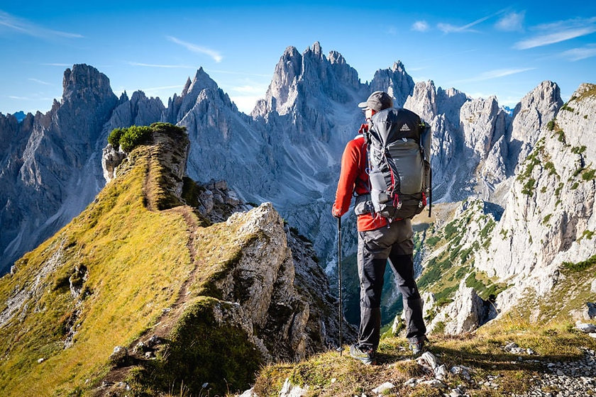 backpacking-gear-checklist-guide-900x600
