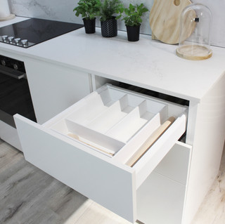 Showroom Kitchen 8.jpg