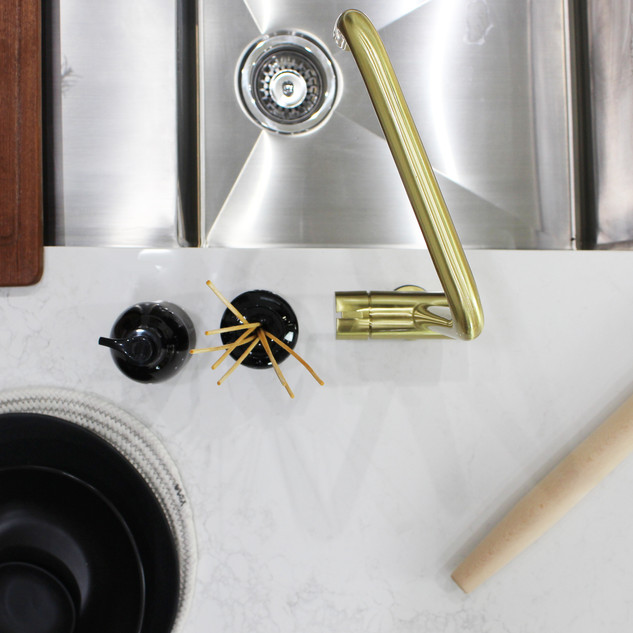 Showroom Kitchen 3.jpg