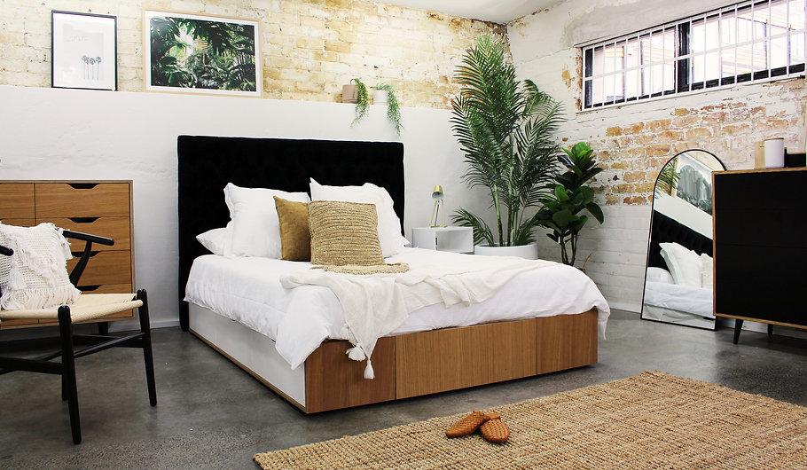 Oak Bed.jpg