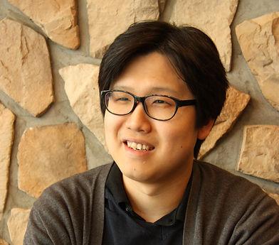 LEE_Yongsun_profile_edited.jpg