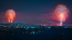 Webstreaming Winchester Round Table Bonfire and Fireworks