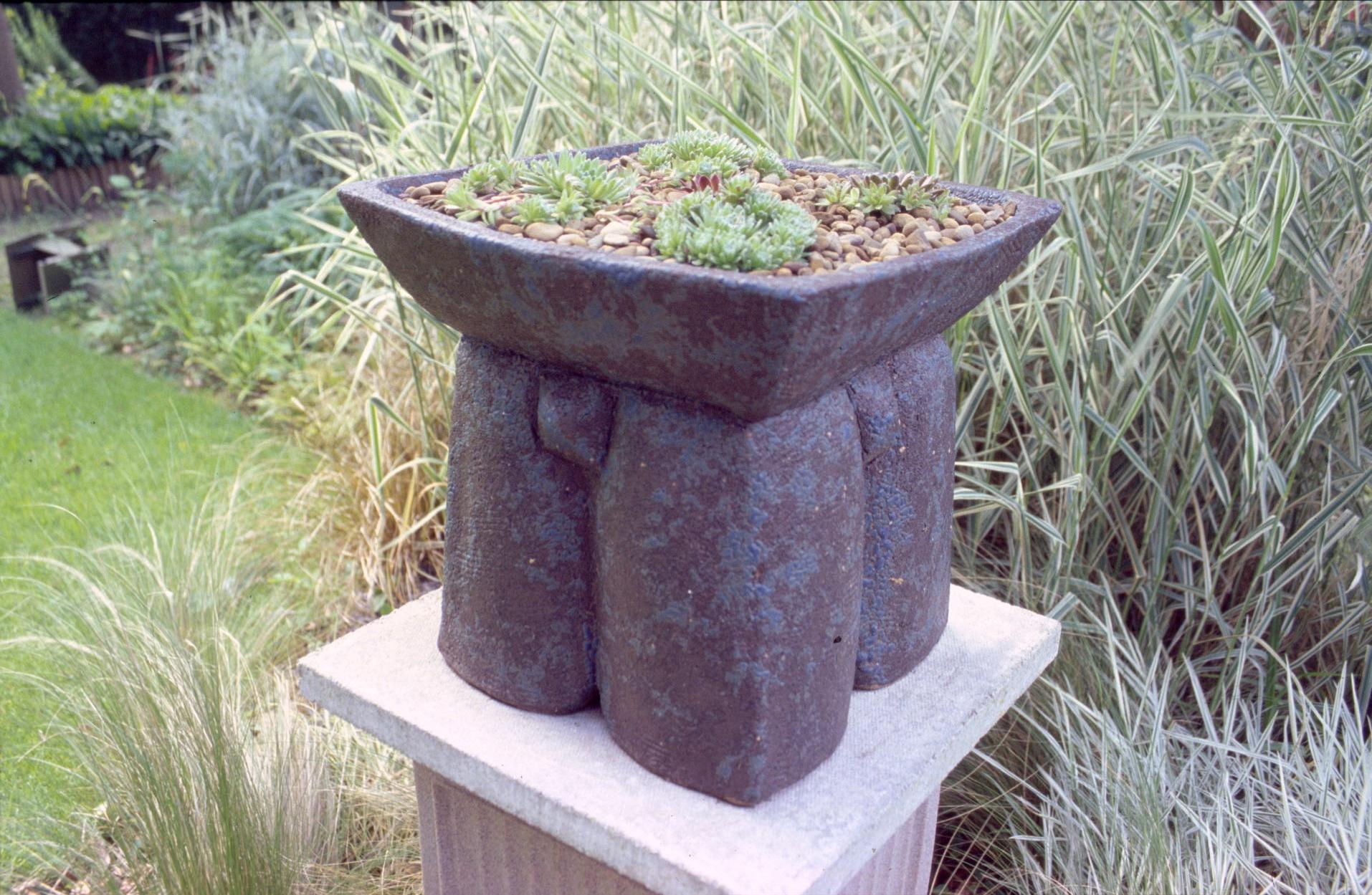 Trilithon Planter 01 copy.jpg