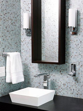 blue-mosaic-glass-bathroom-tile.jpg