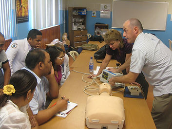 Tim Redding of EEC teaching an ACLS class.