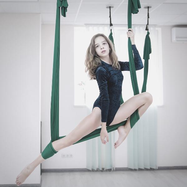 Teens Aerial Yoga