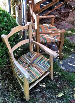 Petits fauteuils anciens
