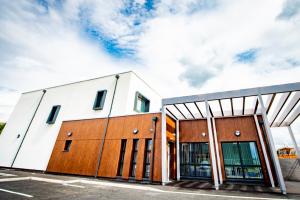 The UK's award winning, greenest health centre built to meet Passivhaus standards – a model for the