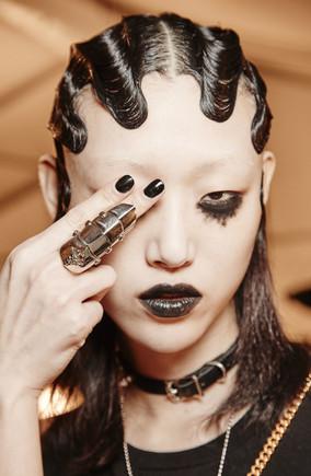 beauty-2016-02-marc-jacobs-fall-2016-makeup-main.jpg