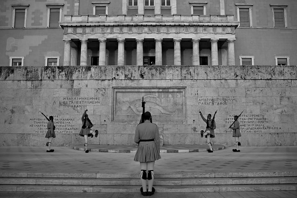 Athens-Evzones-guard-change.jpg