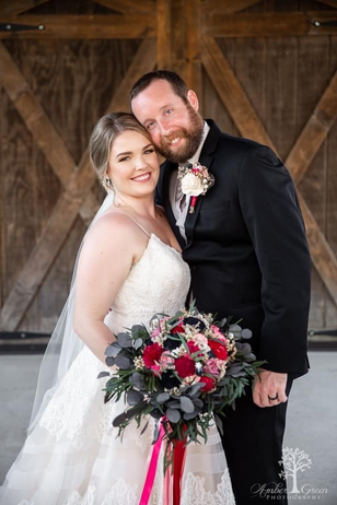 Real Mia Grace Bride: Wedding of Lindsey and Brett