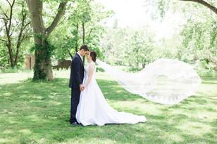 Real Mia Grace Bride: Wedding of Sarah and Nick