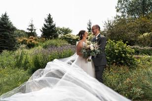 Real Mia Grace Bride: Wedding of Rebecca and Zack