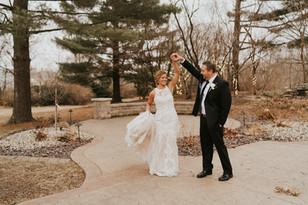 Real Mia Grace Bride: Wedding of Lauren and Tim