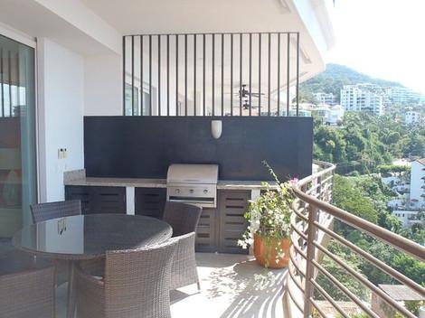 grill-on-the-balcony.jpg