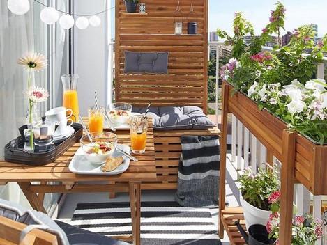balcony setting 1.jpg