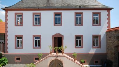Großes Haus in Trebur
