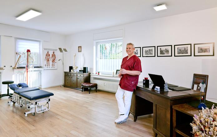 Johannes Schwall, Chiropraktik und Osteopathie in Köln, Raum 1