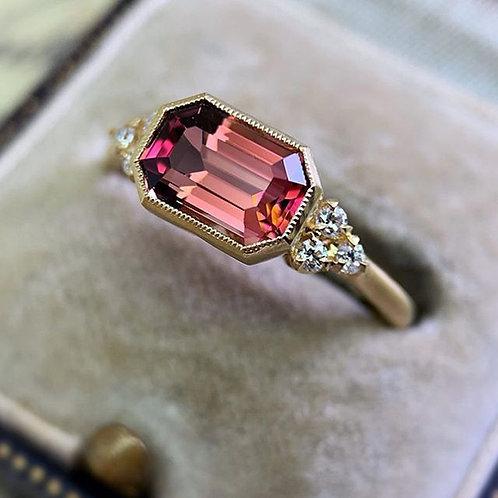 Elegant Women's Fashion 18K Gold Natural Red Sapphire Diamond Ring