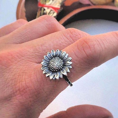 Retro Sunflower Literary Silver Daisy Flower Ring