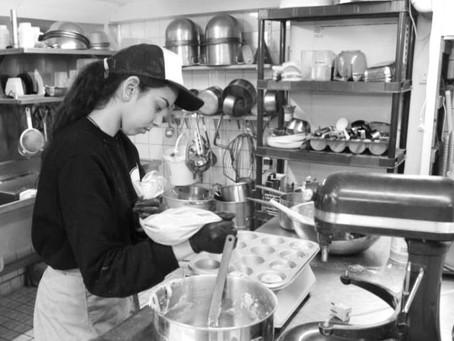 Dé vegan bakker van Amsterdam, verdriedubbelt slagkracht met nieuwe bakkerij en productiekeuken